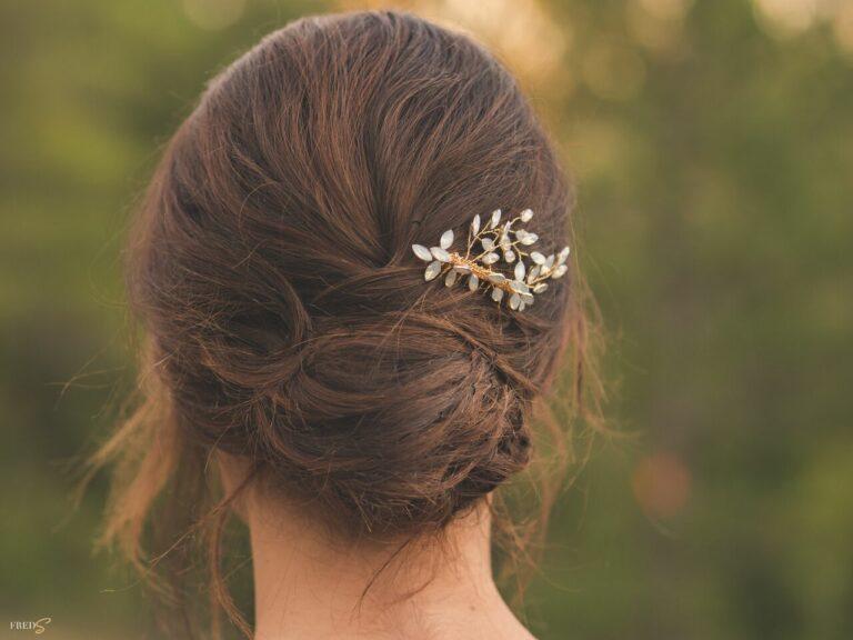 inspiration-mariage-douceur-automne-coiffure-bijou-cheveux
